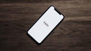 Apple compra startup de inteligência artificial para apoiar na evolução da Siri