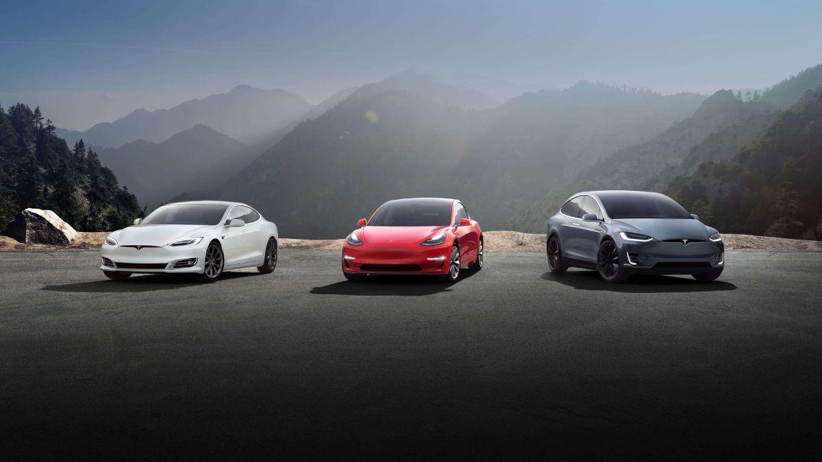 Tesla pondera licenciamento do AutoPilot e fornececimento de motores e baterias a outros fabricantes