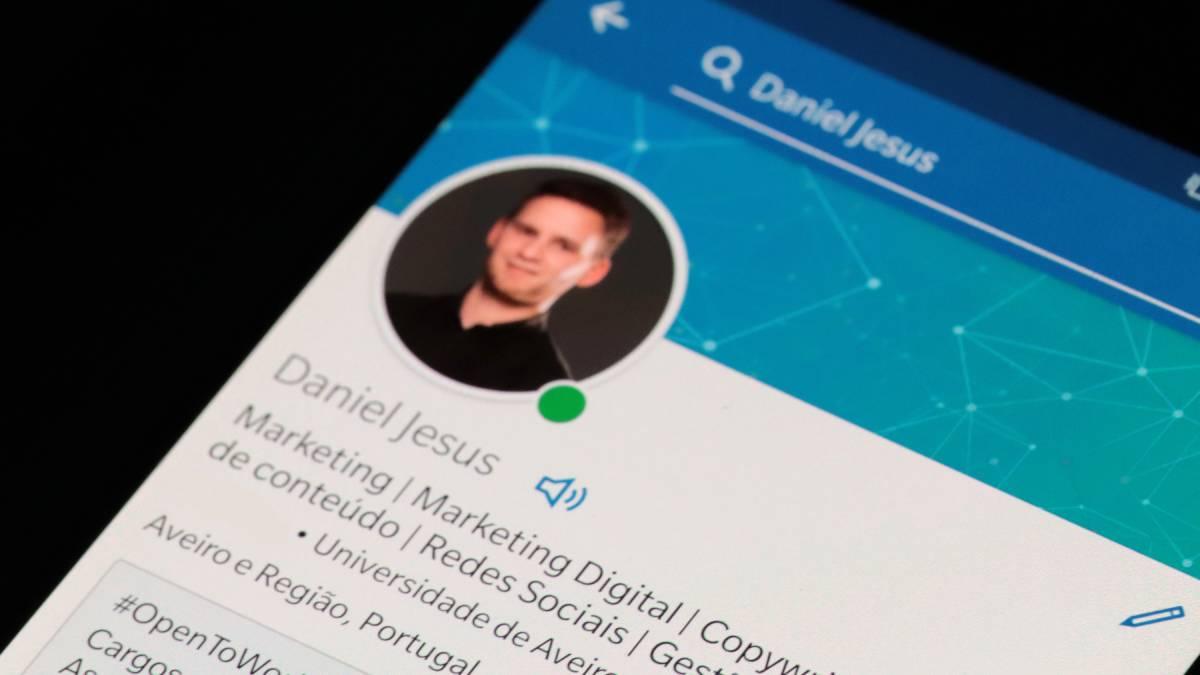 LinkedIn permite agora adicionar a pronúncia do seu nome ao perfil