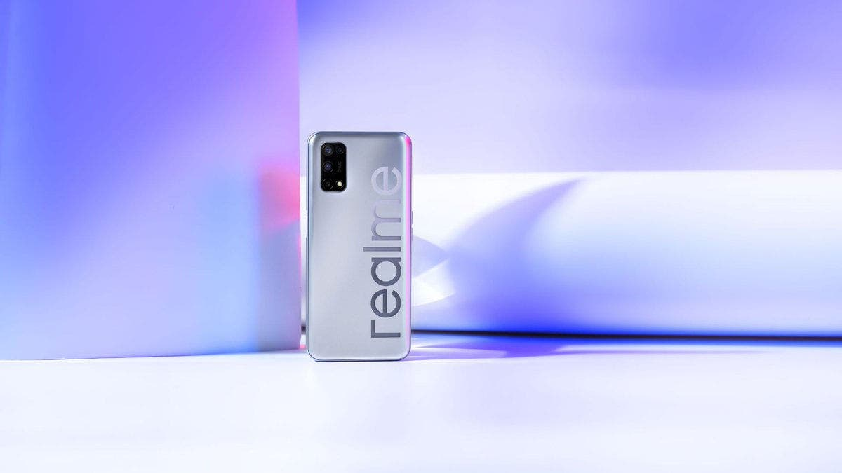 Imagens reais do Realme V5 confirmam Dart Charge 30 e bateria de 5000 mAh