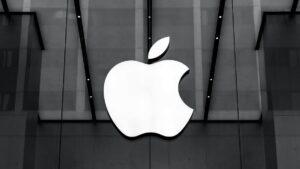 Apple enfrenta processo por, alegadamente, a Siri gravar as conversas privadas dos utilizadores