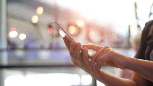 Acessos à internet através dos smartphones cresceram 8 vezes nos últimos 10 anos