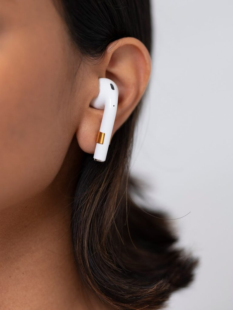 minimal active tiny pods brincos airpods