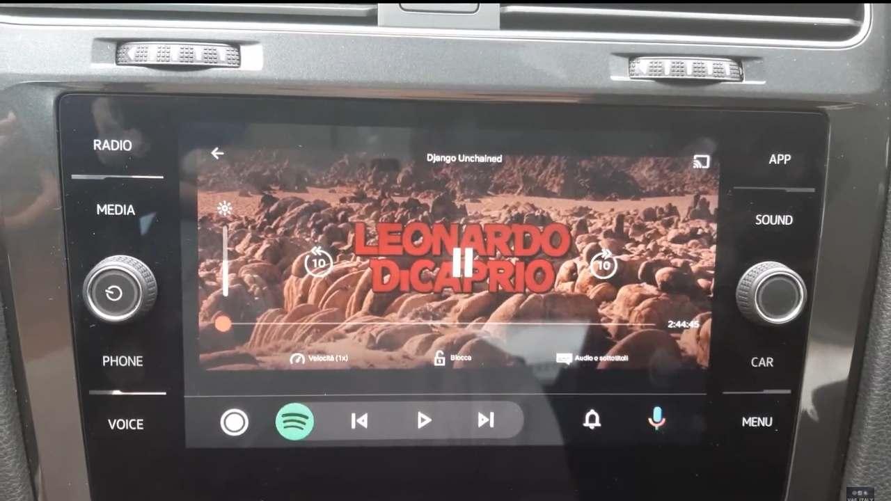 andoid auto netflix youtube
