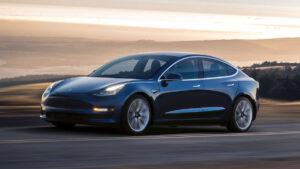 Tesla pondera licenciamento do software de condução autónoma a outros fabricantes