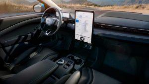 Ford estabelece parceria com Google para integrar Android nos seus carros em 2023