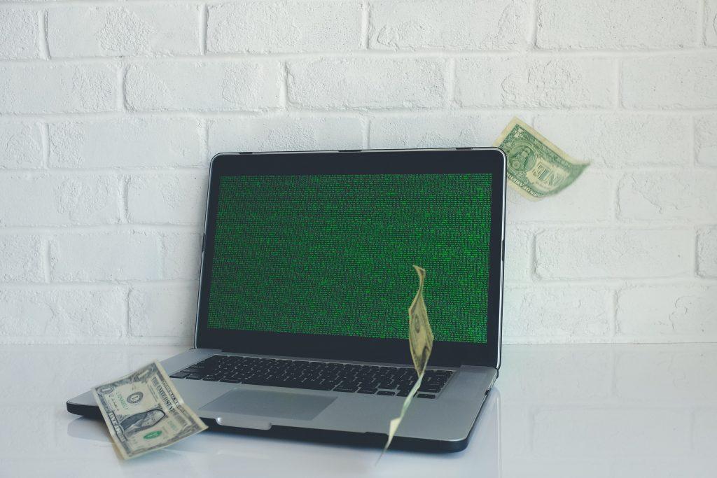 ransomware hacker virus informatico dinheiro pc
