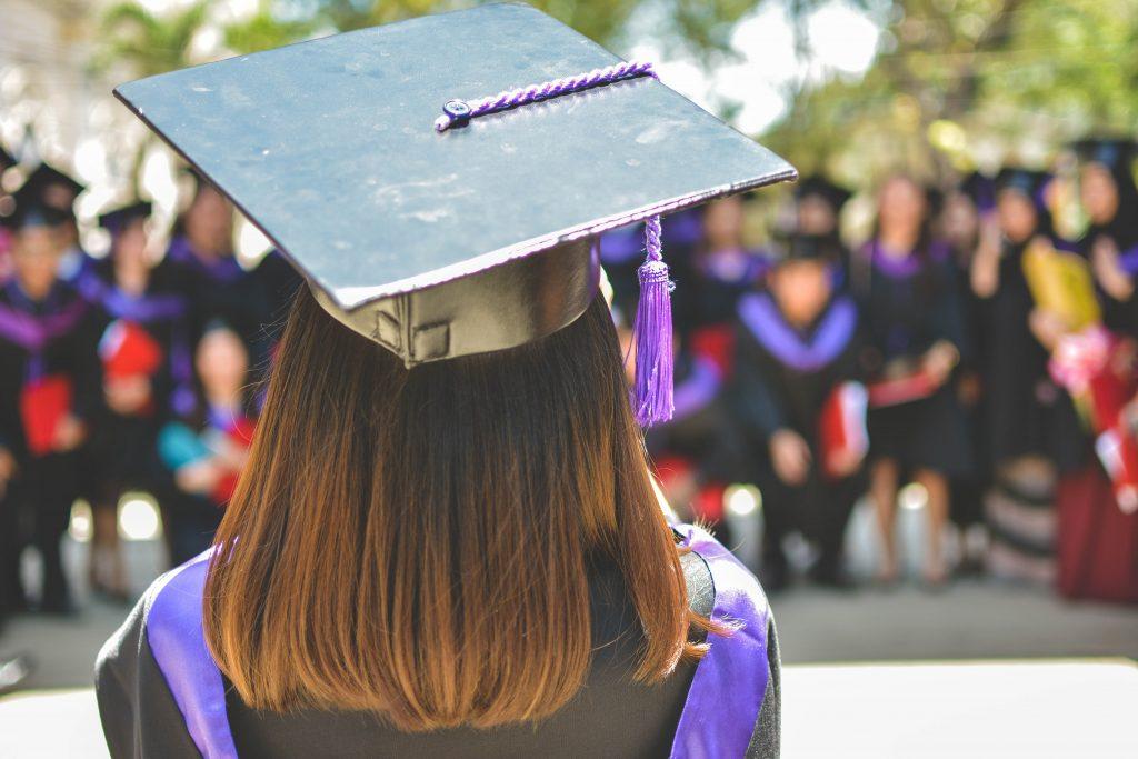 educacao faculdade graduada rapariga