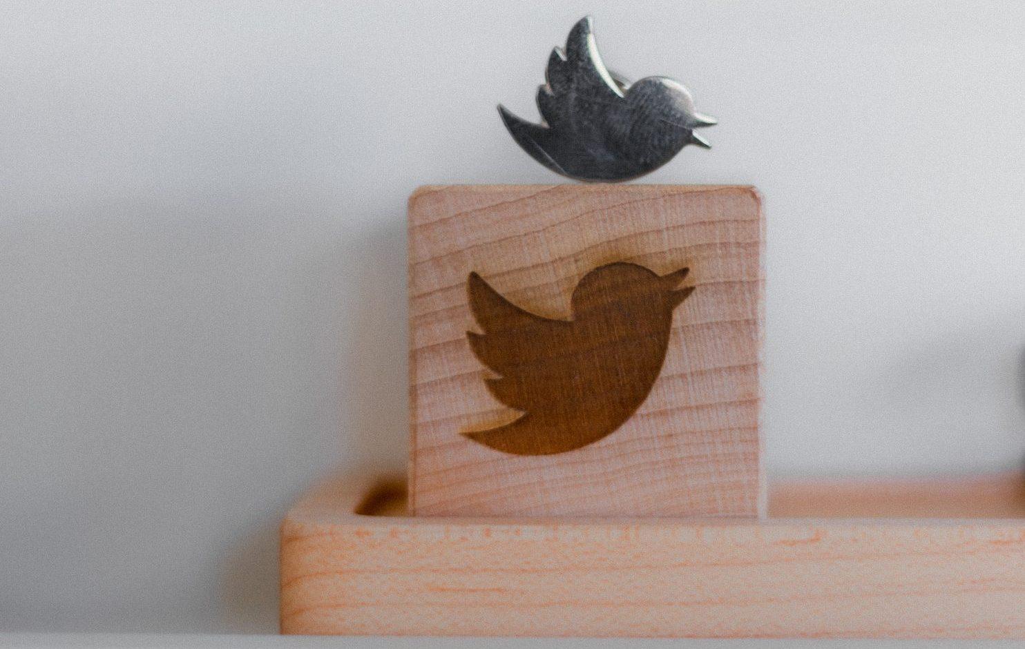Twitter vai permitir que se ocultem os tweets antigos