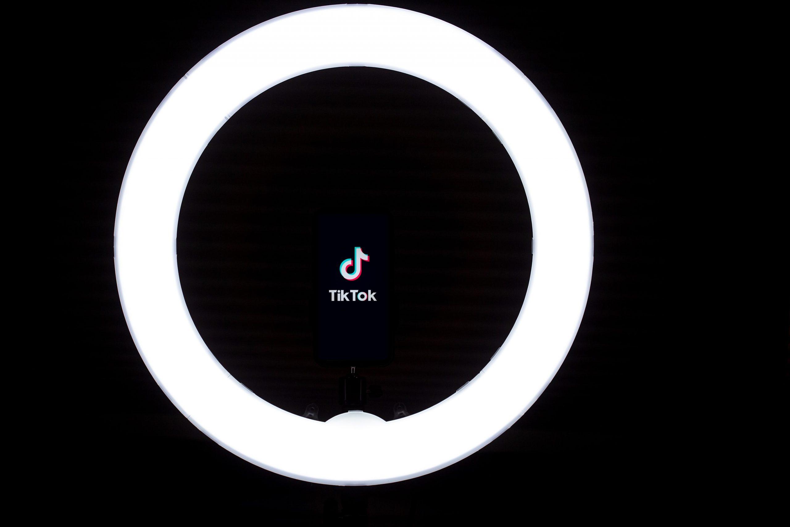TikTok lança aplicação para televisões LG